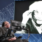Stephen Hawking, Mark Zuckerberg To Send Tiny Robots Into Space To Look For Aliens.