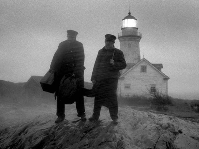 lighthouse-the-2019-002-robert-pattinson-willem-dafoe-long-shot-lighthouse